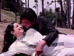 Dhak Dhak Kaise Chalti Hai Gaadi Lyrics – Haathi Mere Saathi